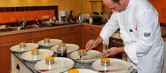 service de cuisine à domicile chef traiteur