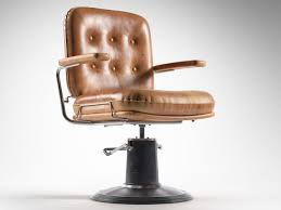 Old Barber Chair 3d Model Round Vintage Barber Chair Cgtrader