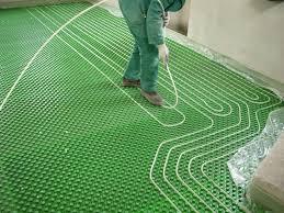 caldaia a pellet per riscaldamento a pavimento e盍 meglio l盍impianto di riscaldamento a pavimento o il classico