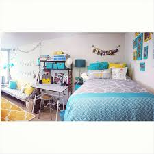Dorm Wall Decor by Dorm Room Decorating For Art Majors The Ocm Blog