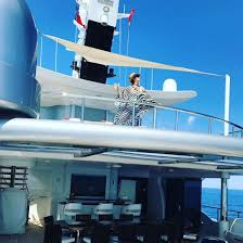 Kris Kardashian Home Decor by Kris Jenner Is Still Living That Yachtlife Amid Rob U0027s Scandal