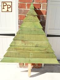 25 ideas of how to make a wood pallet christmas tree pallet