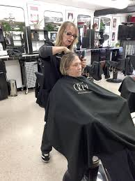 cancer society wigs with hair look for peninsula program provides free wigs to women children with