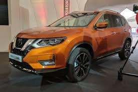 nissan x trail suv facelifted model revealed with subtle new look
