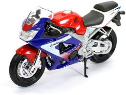 honda cbr 900 rr welly honda cbr 900rr fireblade 1 18 by diecast scale model