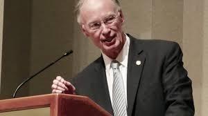 Robert Bentley Alabama Gov Robert Bentley Resigns Wgn Tv