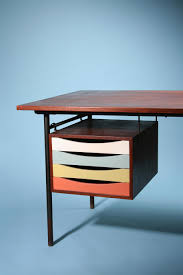 Mid Century Modern Furniture Designers by Mid Century Danish Furniture Designer Finn Juhl I Want This