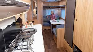 cuisine caravane caravane eriba exciting 400 le monde du plein air