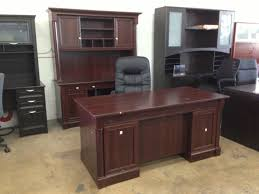 picture of sauder palladia collection executive desk 29 3 5 h x