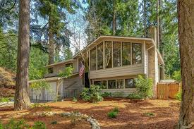 woodinville home in cottage lake beach club wa resort style