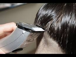 pictures of women over comb hairstyle undercut haircut women with razor razor over comb hair cutting