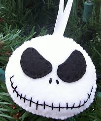 nightmare before felt ornament i could make this it s