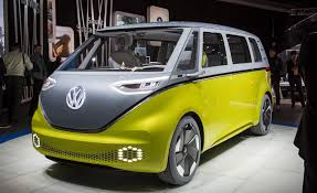 volkswagen concept 2017 volkswagen i d buzz concept pictures photo gallery car and driver