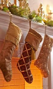 Traditional Home Christmas Decorating Ideas by 421 Best Christmas Mantels Images On Pinterest Christmas Ideas