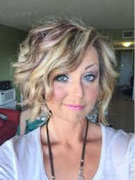 beach curls for short hair hairstyles to try pinterest