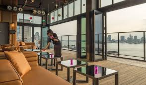 Top 10 Rooftop Bars New York Where We Go Take Me Out Nyc Nightlife Tours In New York City