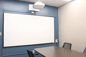 strozier group study rooms with projector and white board