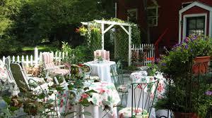 houses govenor mansion flowers painting tree path windows