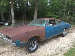 1969 dodge charger project 1969 dodge charger dukes project car 318 auto 69 b5 console