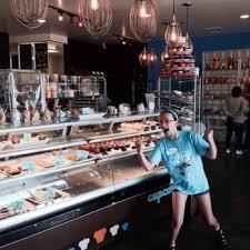 cupcake 43 photos u0026 55 reviews cupcakes 1565 cliff rd eagan