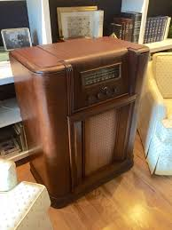 i ripped the guts out of this unusable 1930 u0027s philco radio and