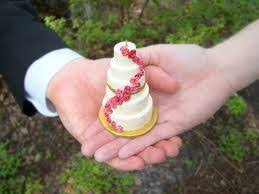how to turn your wedding cake into an ornament getting married