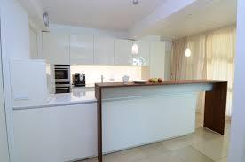 Kleine K Henzeile Kaufen Moderne Küche Hochglanz Weiss Kogbox Com Küchenzeile Weiß