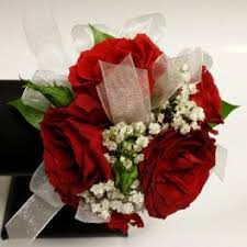 Red Rose Corsage Prom Flower Delivery In Las Vegas Signature Flowers