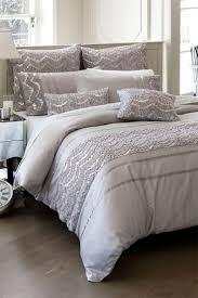 24 best glitz u0026 glamour images on pinterest 3 4 beds julien