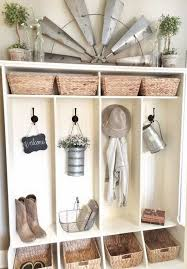 Wall Decor For Kitchen Ideas Best 25 Decorating Kitchen Ideas On Pinterest House Decorations