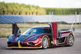 koenigsegg agera rs crushes bugatti u0027s production car speed record