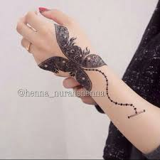 20 beautful henna designs for nikah hennas butterfly wrist