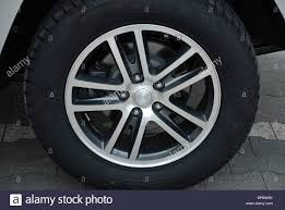 2005 jeep grand cherokee factory rims rims gallery by grambash