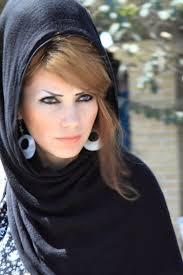 iranian women s hair styles black scarf gold hair green eyes manteaus daily