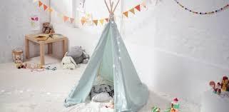 tente chambre enfant comment fabriquer un tipi 60 idées pour une tente indienne sympa