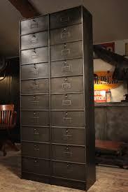 Armoire Metallique Pas Chere Occasion by Armoire Designe Armoire Metallique Ikea Gris Dernier Cabinet
