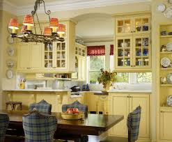 Popular Kitchen Cabinet Colors And Paint Ideas - Kitchen cabinets colors
