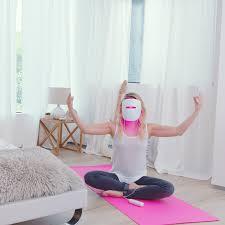 does neutrogena light therapy acne mask work light therapy to fight acne does it actually work girls tween