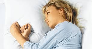 schweißausbrüche schwanger nachtschweiß ursachen therapie selbsthilfe apotheken umschau