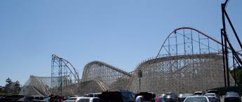 six flags magic mountain file colossus parking view jpg wikimedia commons