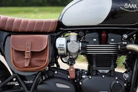 triumph bonneville t120 leather seat and saddlebag details