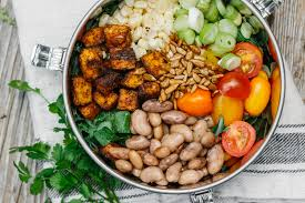 How To Make The Perfect How To Make The Perfect Salad Bowl For Summer Adventures The