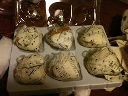 musical note ornaments by lostrealist6 on deviantart