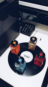 discover niche fragrances disneyrollergirl