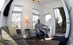 close commute bettendorf man builds backyard office meeting