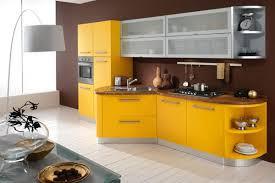 küche gelb küche wandfarbe 40 ideen für farbgestaltung der küche freshouse