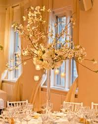 Vases For Centerpieces For Weddings Tips For Using Eiffel Tower Vases For Wedding Centerpieces