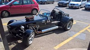 3 8 litre v8 in a 500kg car yes please cars