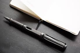Rugged Fountain Pen Lamy Safari Fountain Pen Charcoal Fine