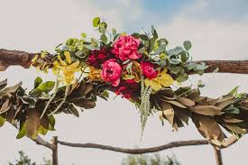 floral garland 27 greenery and floral garland wedding decoration ideas